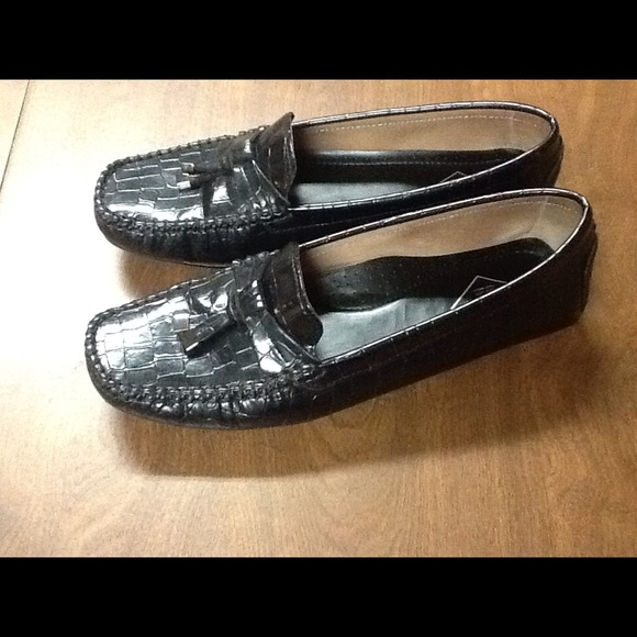 Black St Johns Bay Womens Loafers